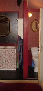 3 wastfl en toilet gr. lgrkmr